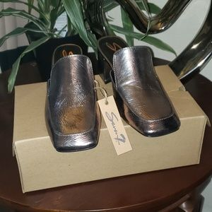 Seven7 Meghan Mule Pewter colored shoes